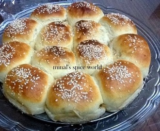 Stuffed bread with corn and mushroom filling