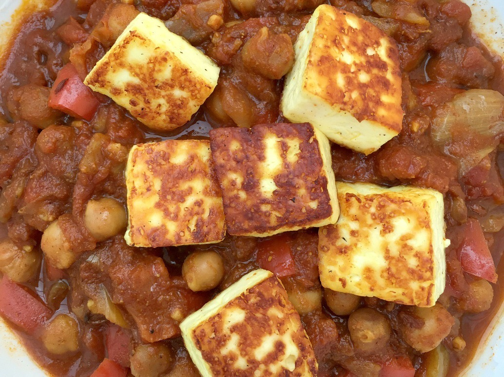 Slow Cooker Chickpea and Paneer Curry + The Slow Cooked Challenge