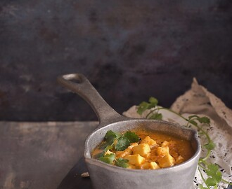 Paneer in Fennel Flavored Tomato Sauce