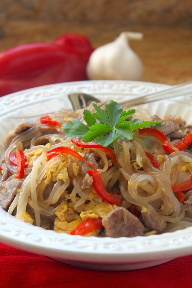 A Thai Glass Noodle Dish with Egg, Beef & Bean Sprouts and a Katie Chin Cookbook Giveaway