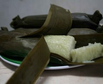 Lontong in Banana leaf wrap