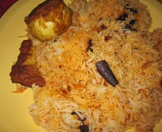 Chicken keema and Egg biryani