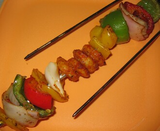 Tandoori prawns and grilled vegetables