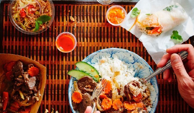 Hot In The City: Spicy Thai Lunch At GRAB