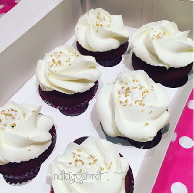 Cupcakes Red Velvet con frosting de chantilly mascarpone