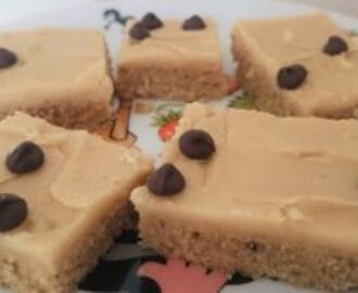 Banaani blondies