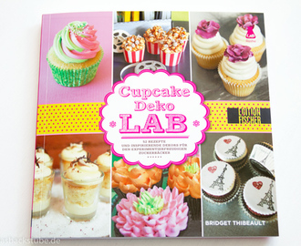 Bücherregal: Cupcake Deko Lab + {Give away}