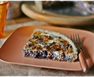 Torta salata all'avena con radicchio e stracchino – Oat quiche with radicchio and stracchino cheese
