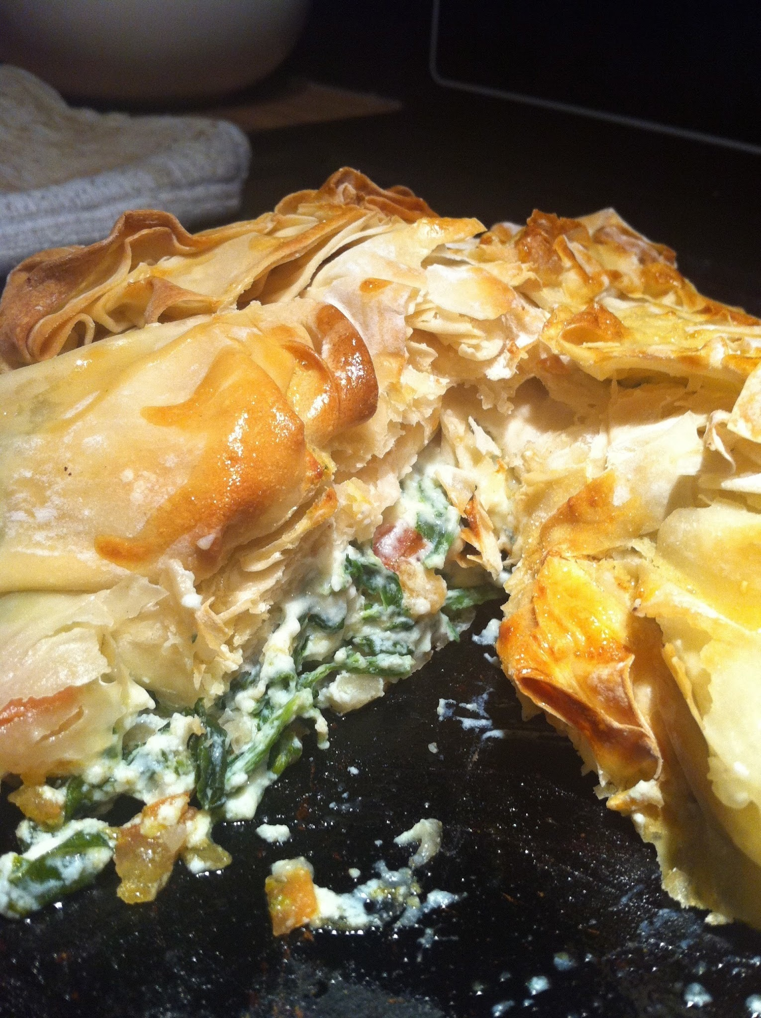 Spinach, ricotta and tomato filo tart