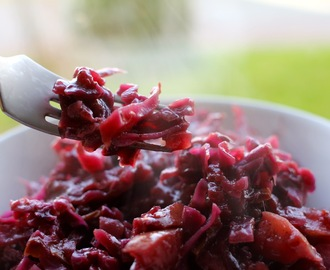 Braised Red Cabbage for the Whole Family (sugar free)