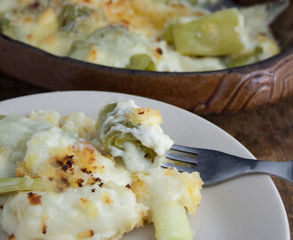 Leeks in cheese sauce