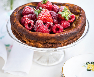 Super Light Quark Cheesecake With Fresh Berries and a giveaway