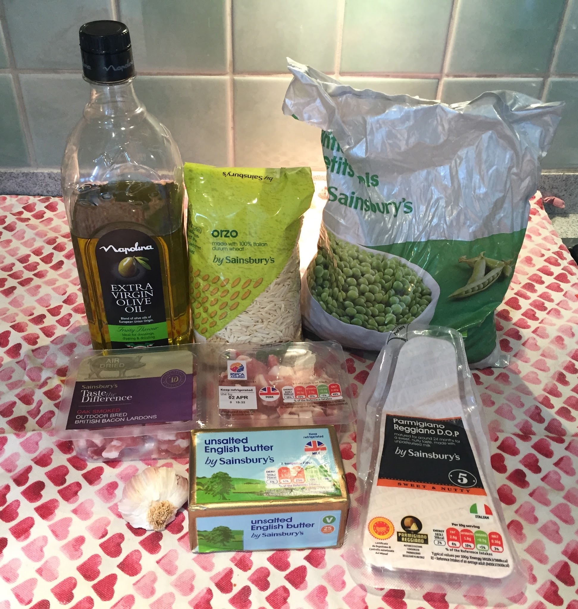 PASTA RISOTTO WITH PEAS AND PANCETTA