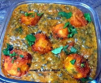 Shahenshahi potatoes in spinach gravy