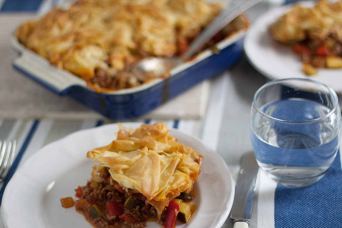 Really Easy Beef and Tomato Pie