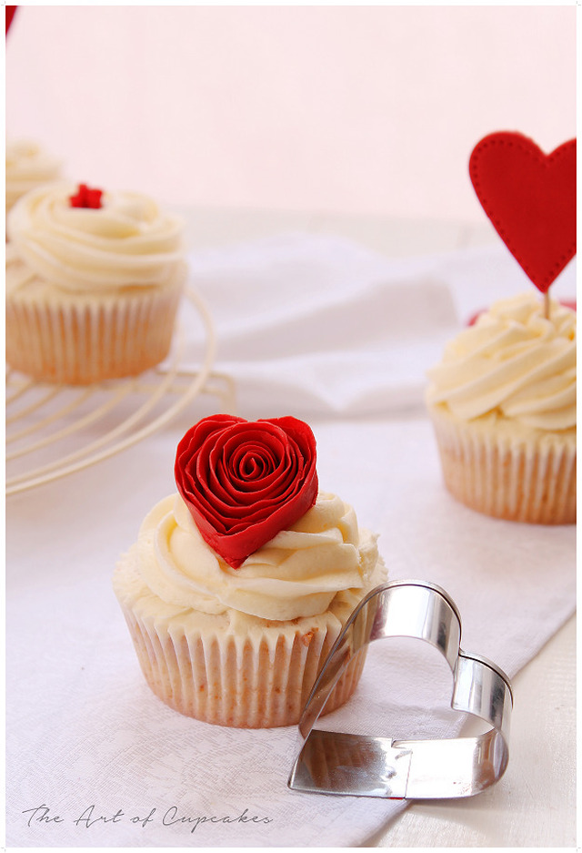 Cupcakes de fresas y chocolate blanco (Love is in the air)