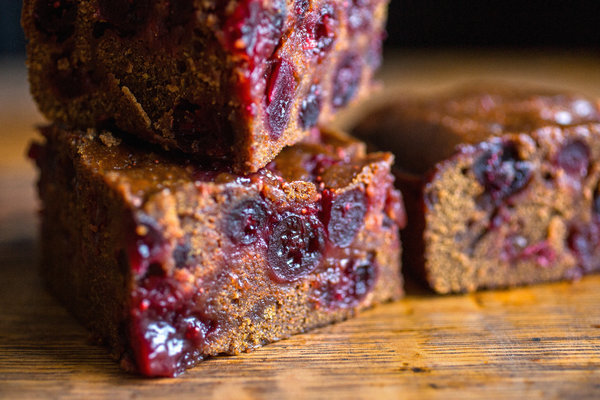 Sticky Cranberry Gingerbread Recipe