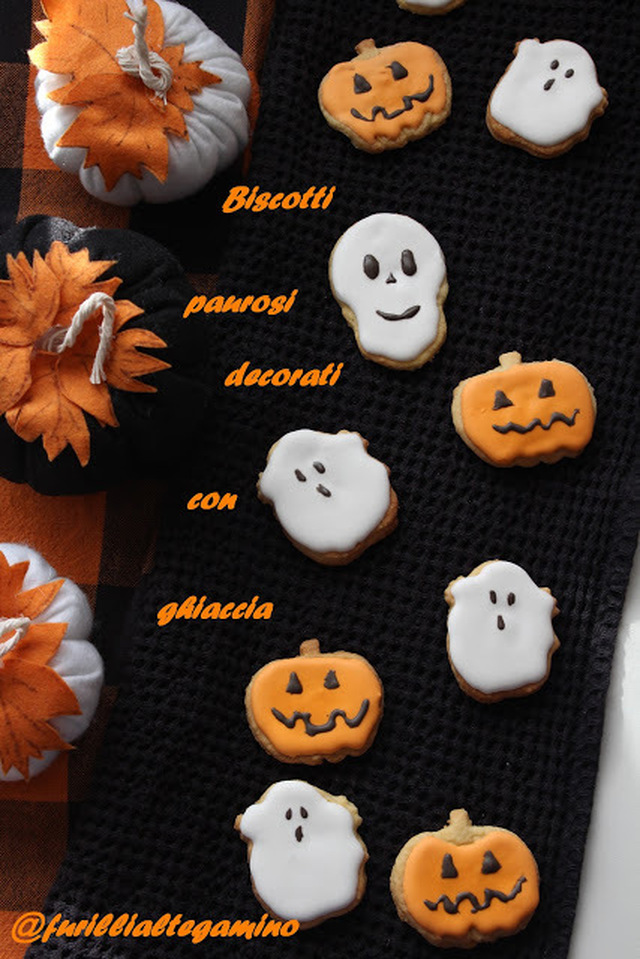 Halloween cookies decorating