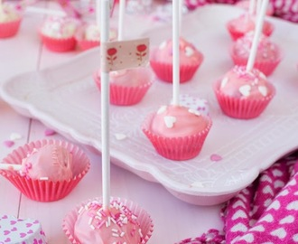 Cake pops de chicle y lemon curd