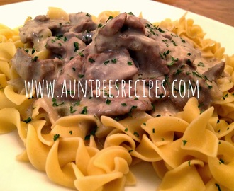 Crockpot Beef and Shallot Stroganoff