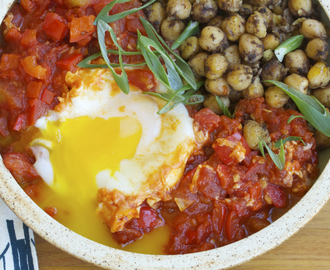 Shakshuka with Spiced Chickpeas