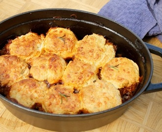 Beef Cobbler With Rosemary & Cheese Scones #LivePeasant