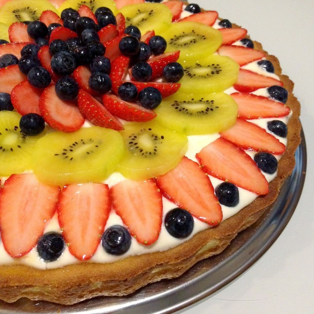 Fruit Tart with Cream Cheese Filing