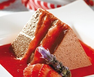 Terrina de chocolate con fresas