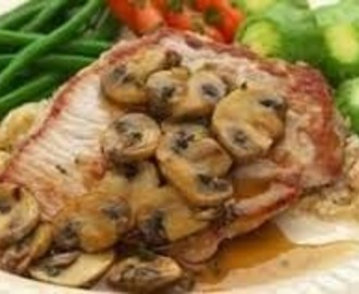 Pork Chops with Mushrooms (Paleo, Clean Eating, Low Fat, Healthy)