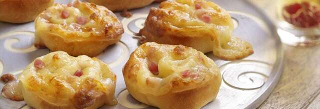 PIZZA ROLLS CON QUESO Y BEICON