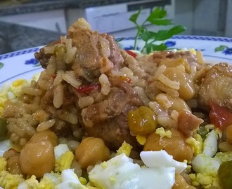 Pollo con Arroz y Garbanzos