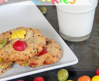 Colourful Peanut butter M&M Cookies / Bunte Erdnussbutter M&M Cookies