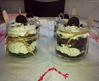 CHEESECAKE OREO EN VASITOS