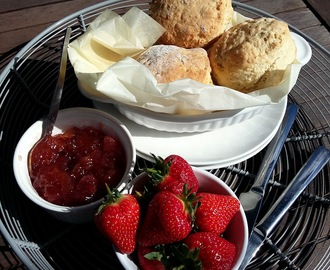 Lemonade scones