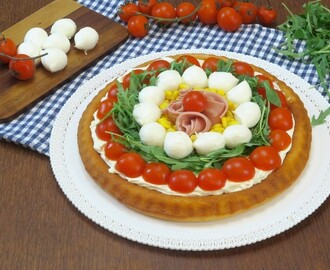 Crostata salata a base morbida: l'idea gustosa e colorata per l'estate!