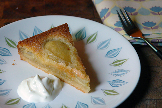 Cakes & Bakes : French pear tart
