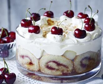 Mary Berry's tipsy trifle