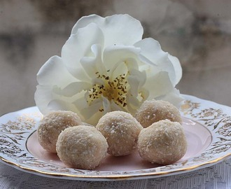 White Coconut Vegan Ladoos