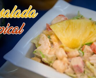 Ensalada Tropical con Palitos de Mar Surimi