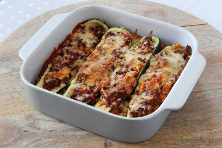 Mexicaanse gevulde courgettes - Lowcarbchef.nl