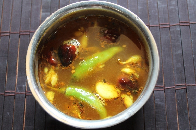Lemon Rasam / South Indian Soup with Lemon ( No Tomato / No Dal )