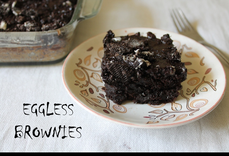 Super Moist Eggless Brownies with Chocolate & Oreo Topping ( No Butter, No Oil )
