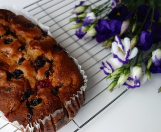 Raspberry, blueberry, lemon yoghurt loaf cake