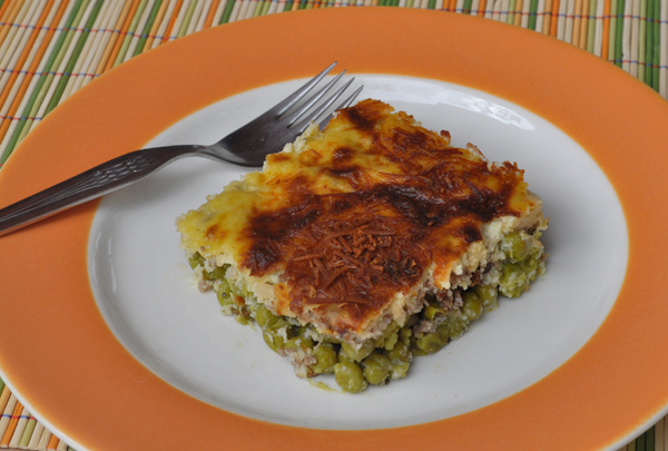 Ground beef with green peas