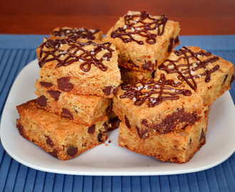 Chocolate Chip Cookie Bars with Toffee: A Sweet and Salty Treat