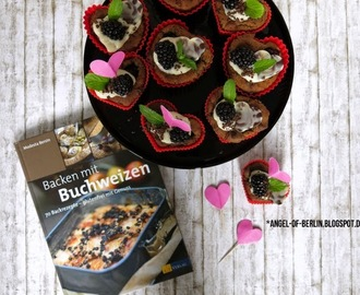 [bakes...] Mothersday Buckwheat Blackberry Chocolate Cakes of {Backen mit Buchweizen} [vegan & glutenfree]