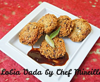 Indian Black Eyed Pea Fritters...Lobia Vada