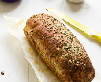 Garlic, herbs and cheese bread #BreadBakers