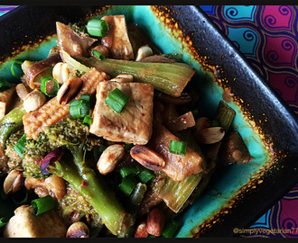 Simply Vegetarian 777: Cambodian Vegetarian Stir Fry with Peanut Sauce