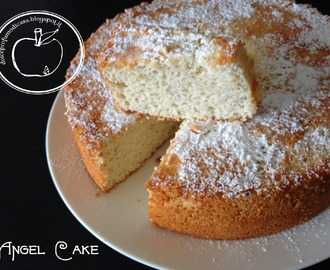 Light con gusto: Angel Cake (e come ti riciclo gli albumi)